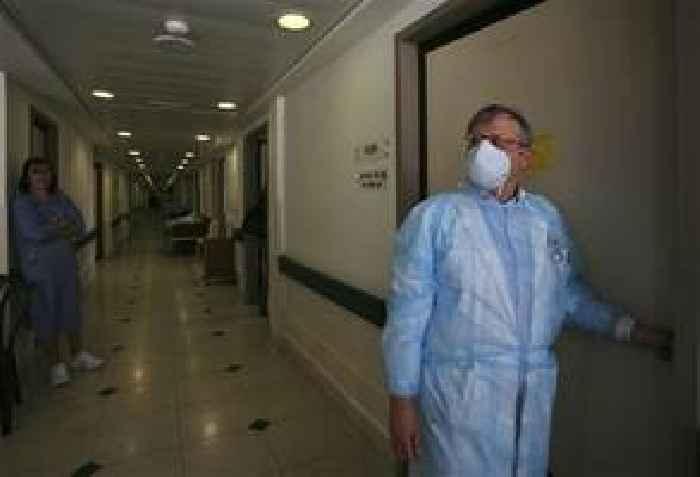 Coronavirus: Kuwait, Bahrain and Afghanistan confirm first cases