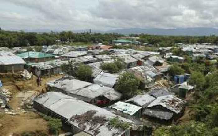Bangladesh police kill seven suspected Rohingya robbers in raid