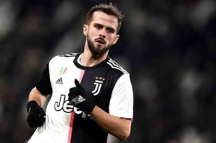 Barcelona and Juventus could complete Arthur and Pjanic swap deal in 48 hours