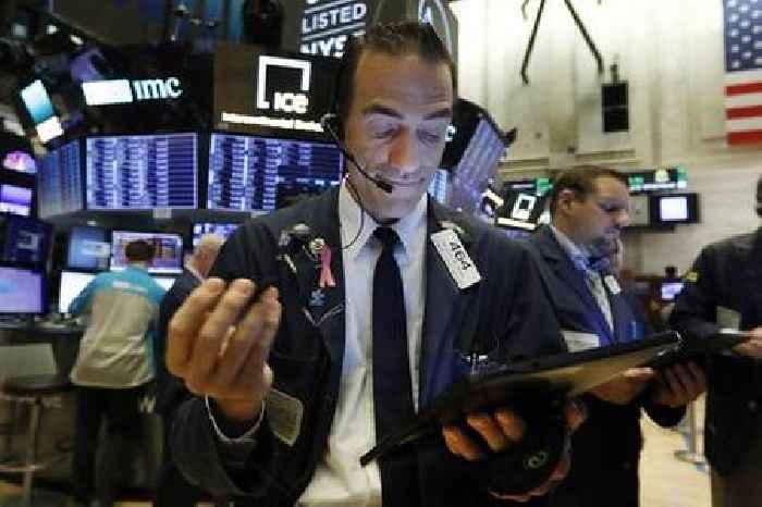 US stocks gain amid solid tech earnings