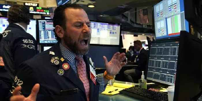 S&P 500 closes 0.1% from record high after climbing on tech-sector strength