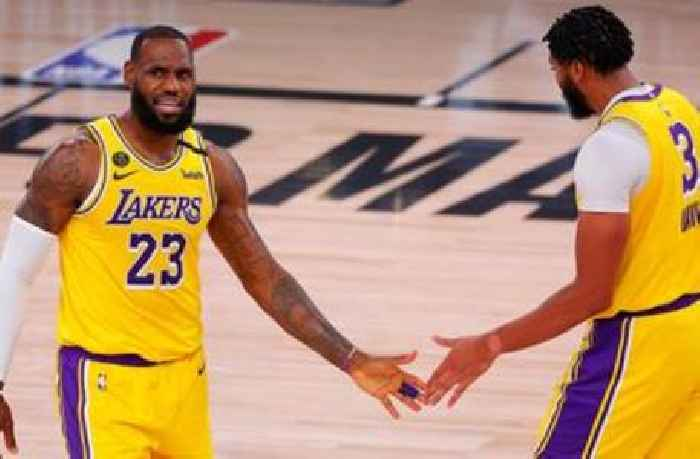 Clay Travis isn't fazed by Lakers' Game 1 loss: 'It's far too early to panic'