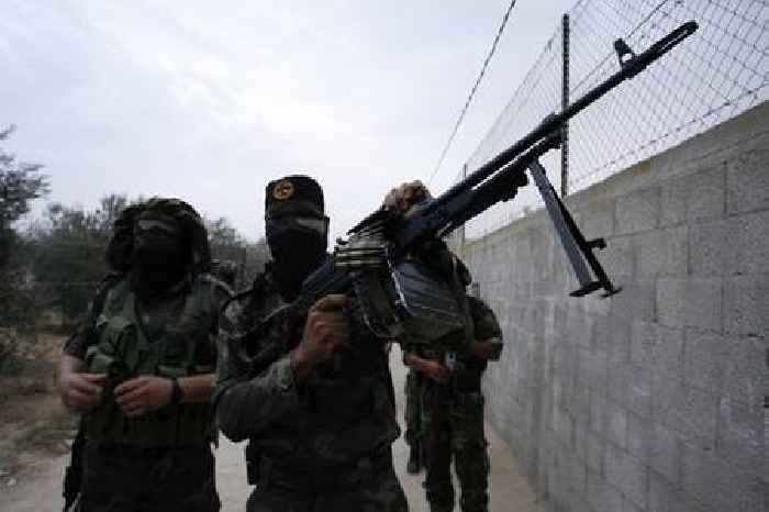 Hamas leader says group has missiles that can hit Tel Aviv