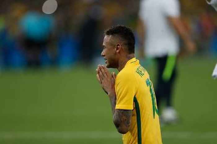 Neymar, Coutinho in Brazil squad for World Cup qualifying