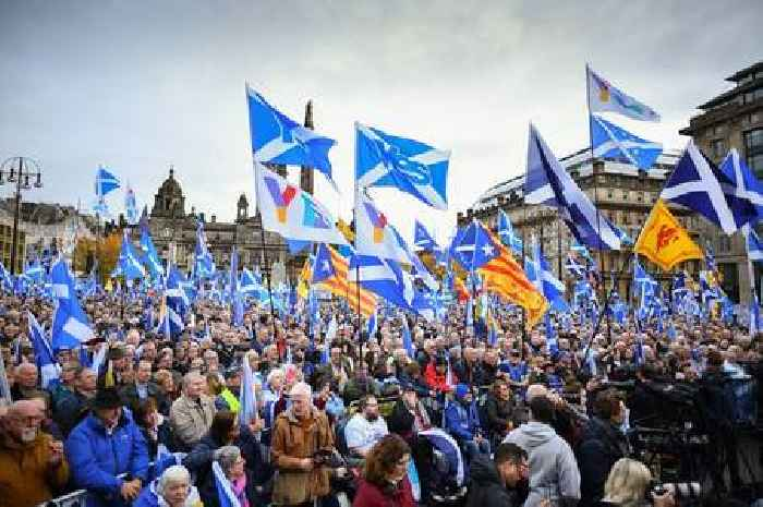 Support for Scottish independence at highest level EVER finds bombshell new poll