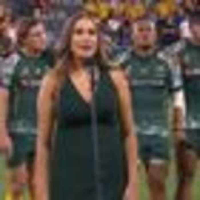 Wallabies show absolute class in 'spine-tingling' Indigenous national anthem