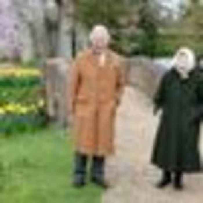 Queen and Charles enjoy Windsor walk ahead of prince's Easter message