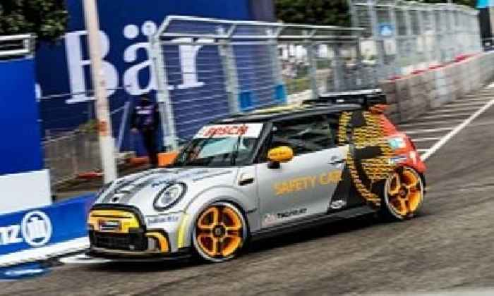 Subway-Racing MINI Electric Pacesetter Debuts as Safety Car in Formula E