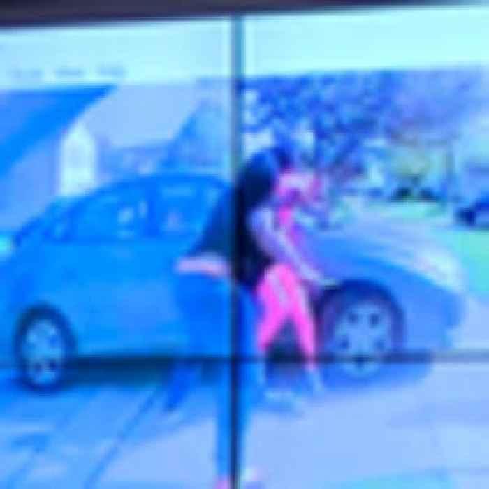 Ohio police officer fatally shoots teenage girl swinging knife
