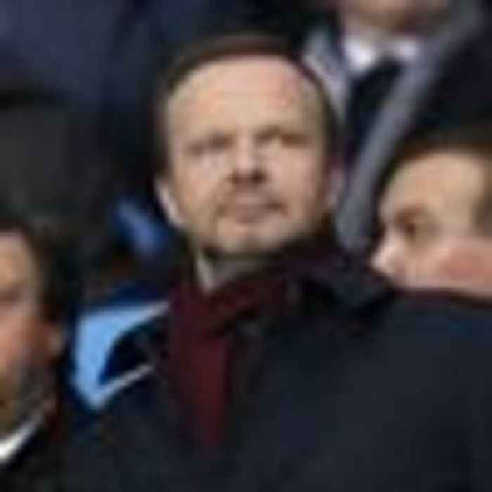 Clarity urged on Man Utd chairman's No.10 meeting days before bombshell announcement