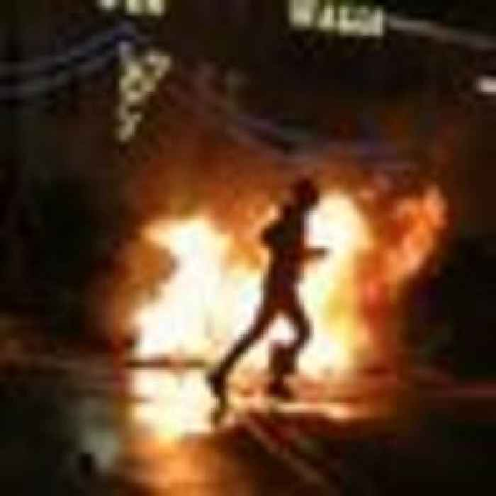 Palestinian and Jewish protester clashes leave more than 100 injured in Jerusalem