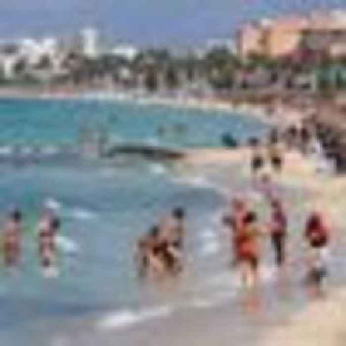MPs urge ministers to maintain ban on foreign holidays after 17 May amid variant fears
