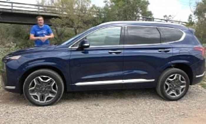 Doug DeMuro Tests the 2021 Hyundai Santa Fe, Verdict Isn't All That Great