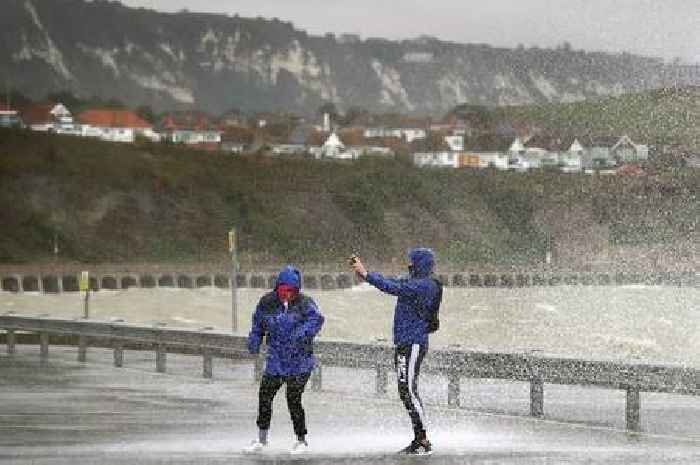 'Horror show' weather set for Kent as experts say when 60mph storm will hit