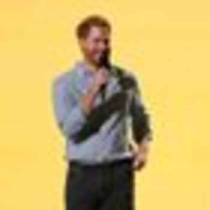 Prince Harry calls for vaccines to be 'distributed to everyone everywhere' at LA concert
