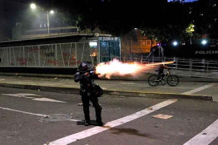 25 Dead in Violent Colombia Protests With Civilian and Police Attacks, Arson, Looting