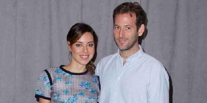 Surprise! Aubrey Plaza & Jeff Baena Secretly Get Hitched, Actress Calls Him 'My Darling Husband'