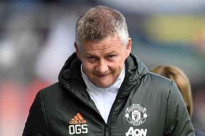 Liverpool fans fume at Man Utd as Solskjaer makes 10 changes