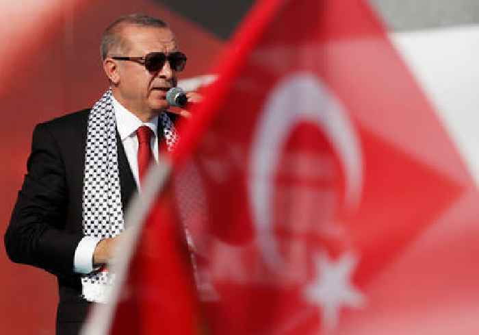 Turkey calls on Muslims to take clear stance over Gaza