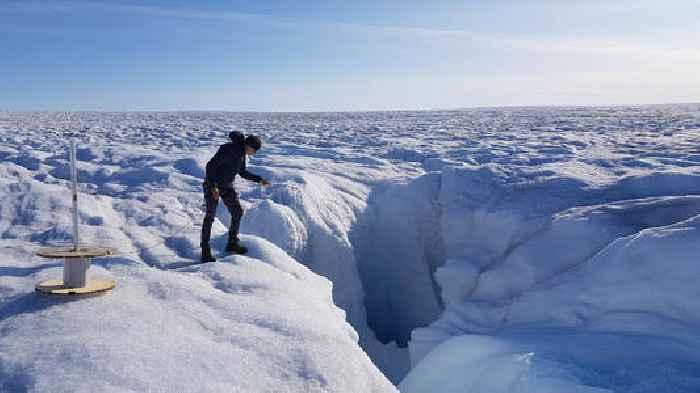 Fibre-Optics Used To Take Temperature Of Greenland Ice Sheet