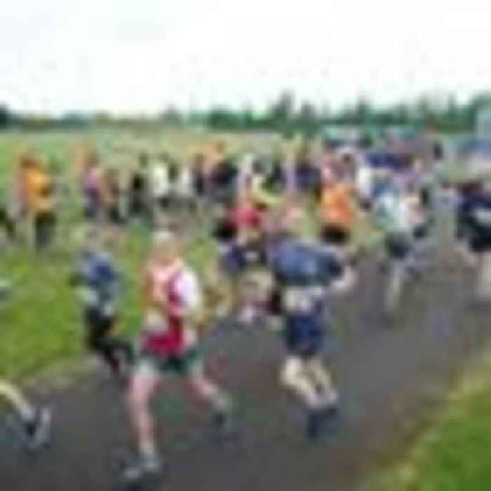 Excitement and cheers as runners unite at COVID-safe London races