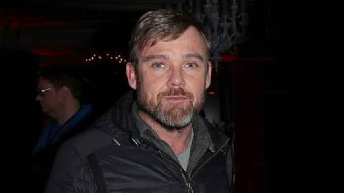 Ricky Schroder Harasses Costco Employee for Enforcing Company Mask Policy (Video)