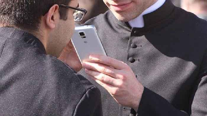 Philippines: Bishop Advocates Confession Using Mobile Phones