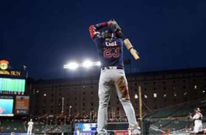 Nelson Cruz crushes walk-off 2-run home run pulling Twins past Yankees, 7-5