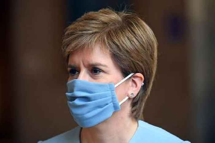 Nicola Sturgeon announces 2 deaths and 950 covid cases in last 24 hours