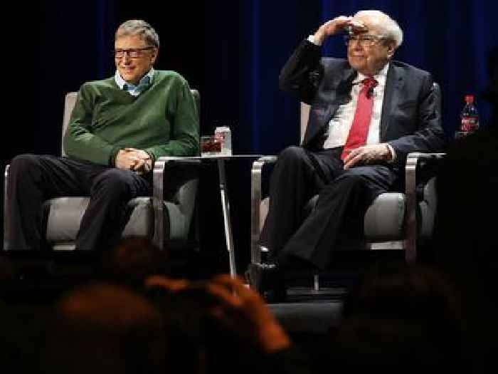 Warren Buffett defends his approach to philanthropy as he quits the Gates Foundation board