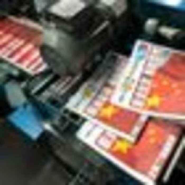 Hong Kong pro-democracy paper Apple Daily announces closure