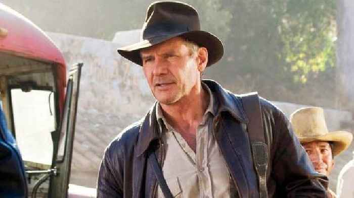 Harrison Ford suffers shoulder injury on the set of `Indiana Jones`