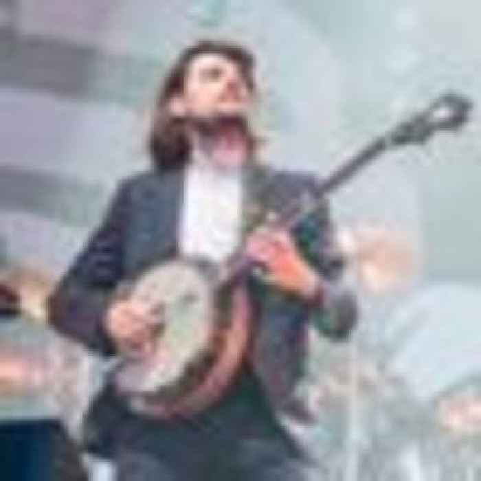 Mumford & Sons guitarist quits after 'unintentional Twitter storm' sparked 'viral mob'