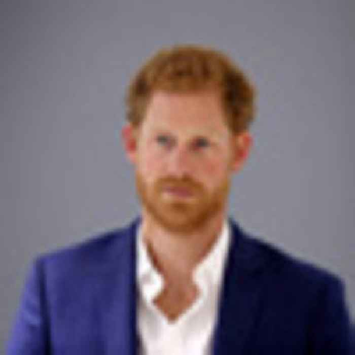 Prince Harry departs Los Angeles for UK amid airport car chase