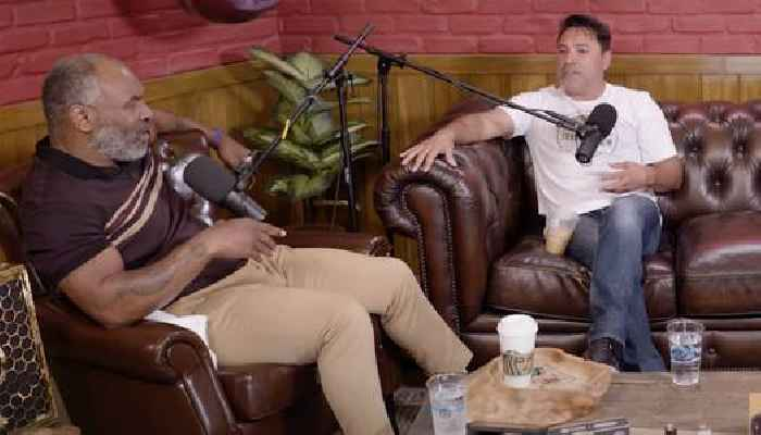 Oscar De La Hoya Tells Mike Tyson He's 'Miserable' in Retirement: Without Boxing I'll 'Destroy My Life'