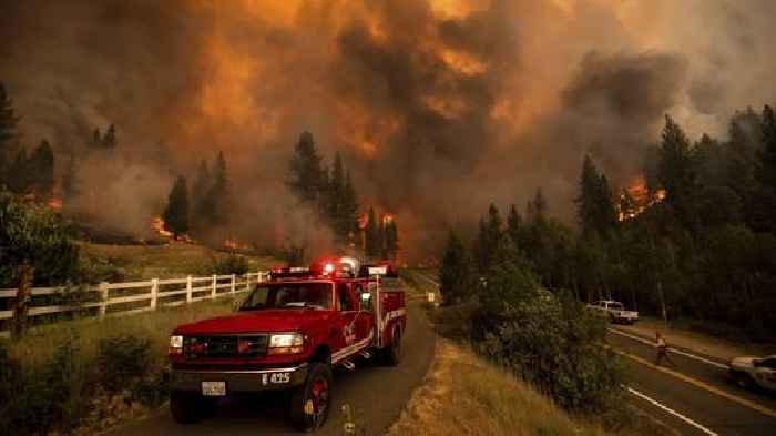 Massive Oregon Blaze Expands As Wildfires Burn Across Western U.S.