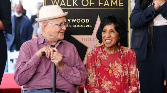 'The Jeffersons' Star Marla Gibbs Appears to Pass Out During Hollywood Walk of Fame Speech (Video)