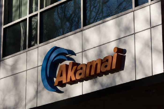 Internet Outage Affects Multiple Websites Including Akamai, Amazon, and Google; 911 Services Go Down