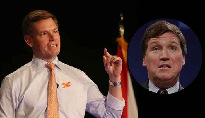 Rep Eric Swalwell Posts Cringe Texts From Tucker Carlson on Twitter