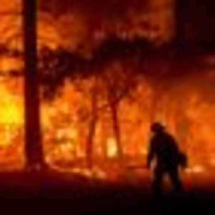 Thousands of homes in danger as massive Californian wildfire gains strength