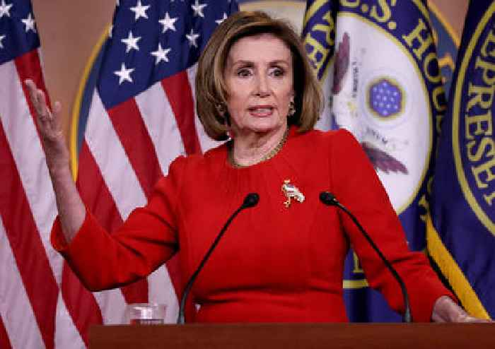 Pelosi Snipes at McCarthy for Opposing Mask Mandate: 'He's a Moron'
