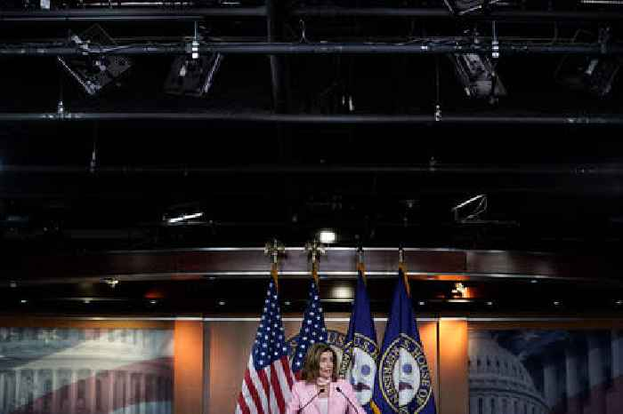 DOJ Says Trump's Tax Returns Should Be Transferred to Congress