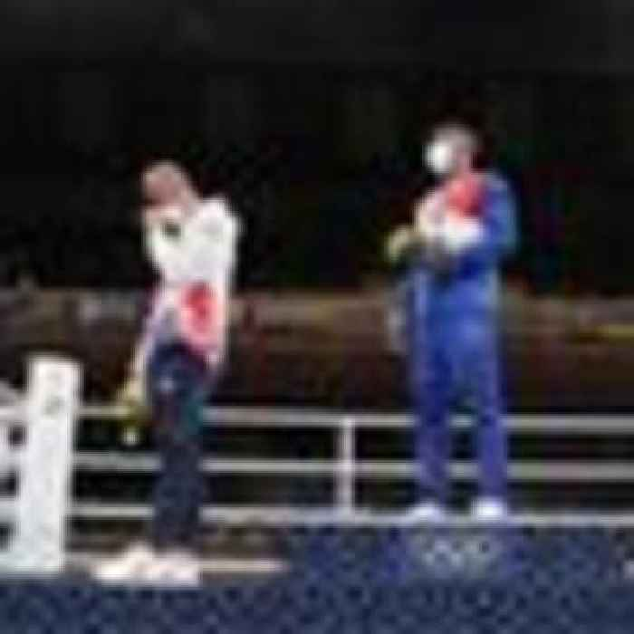 'I felt like a failure': British boxer says he regrets refusing to wear silver medal on podium