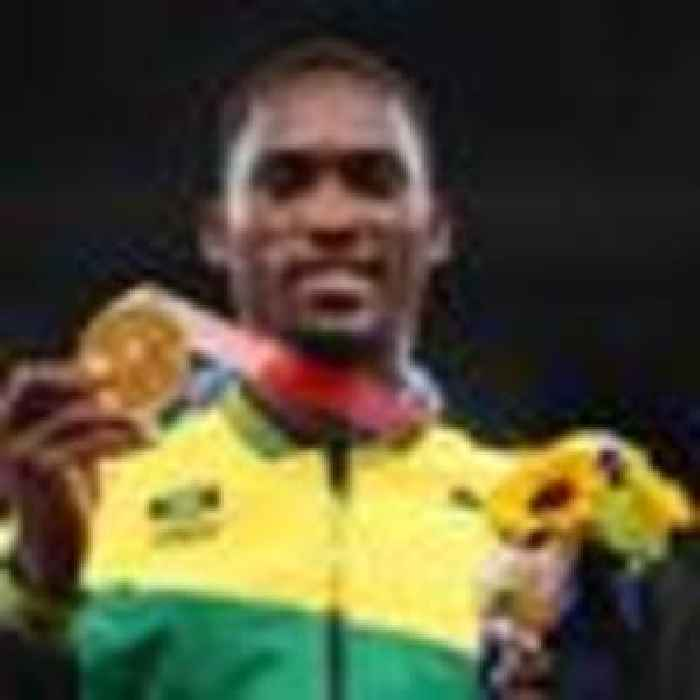 Gold medallist tracks down woman who gave him taxi fare and saved his Olympic dream