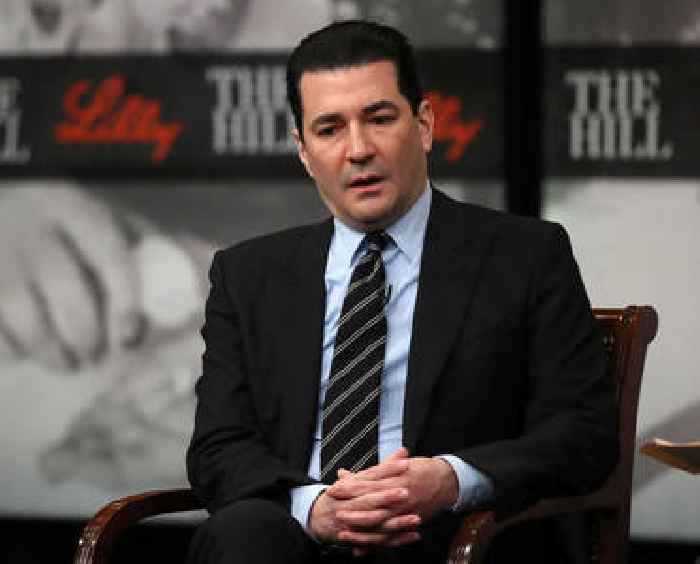 Former FDA Head Gottlieb Says Kids Younger Than 12 Could be Eligible for Pfizer COVID-19 Vaccine by Early Winter