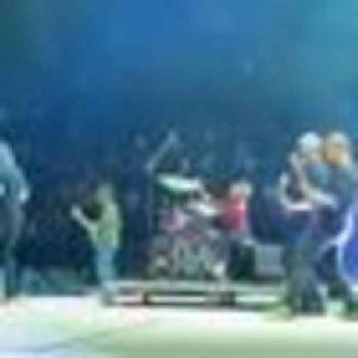 UK drummer, 11, performs live on stage with Foo Fighters at US gig