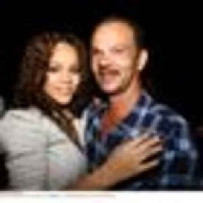 Rihanna 'drops lawsuit' against father after claiming he used her name to make money