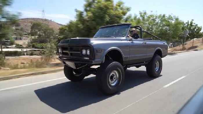 502CI Big Block GMC Jimmy K5 Cali Cruiser Is Clearly Not an Average Chevy Blazer