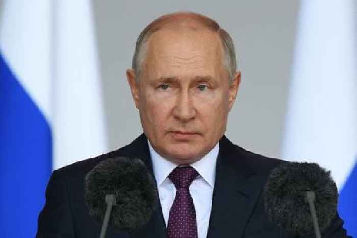 Russian President Vladimir Putin Forced To Self-Isolate After Inner Circle Members Tested Positive for COVID-19 as Country Records Surging Infections
