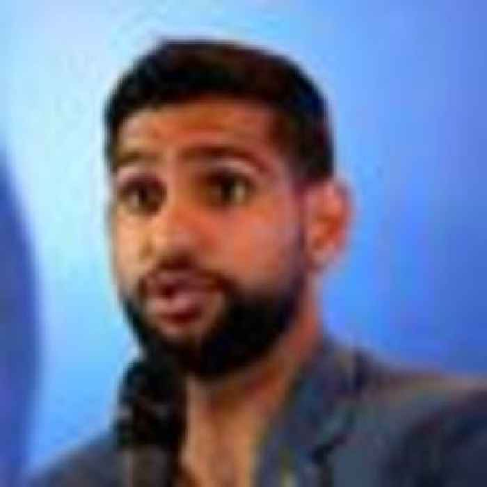 Amir Khan removed from US flight over alleged row about colleague's face mask 'not high enough'